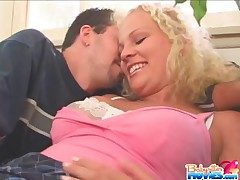 Cute babysitter fucked by experienced cadger